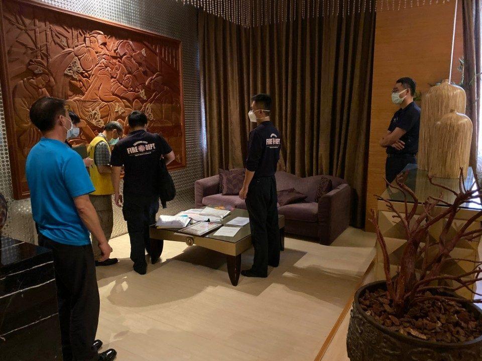 中市府為旅客安全把關 旅宿業全面落實消防安檢。(記者白信東翻攝)